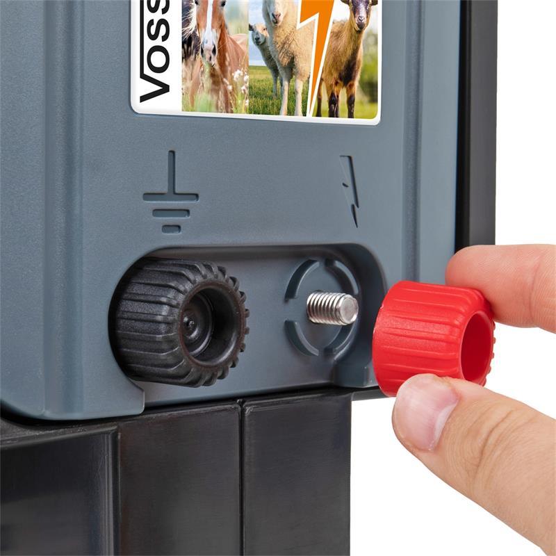 42064-voss-farming-solar-elektrozaungeraet-mit-praktischen-zaunanschluessen.jpg