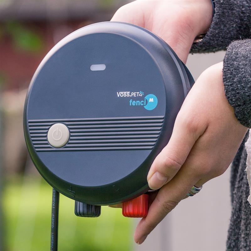 44770-VOSS.Pet-Fenci-M05-kompaktes-Elektrozaungeraet-Haustierzaun.jpg