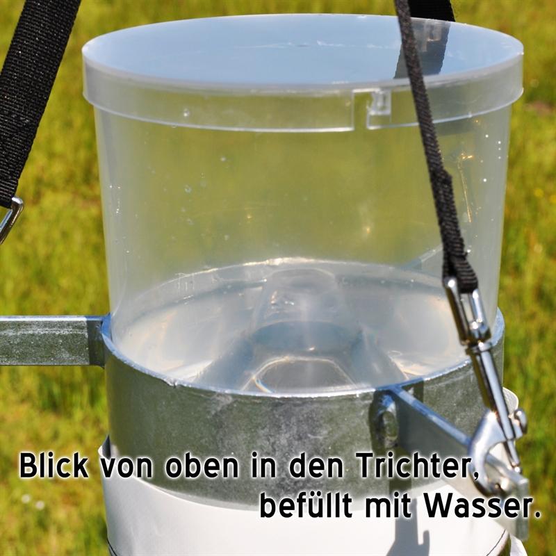 45470-Trichter-Gefaess-fuer-die-Bremsenfalle-TaonX-Horsefriend.jpg