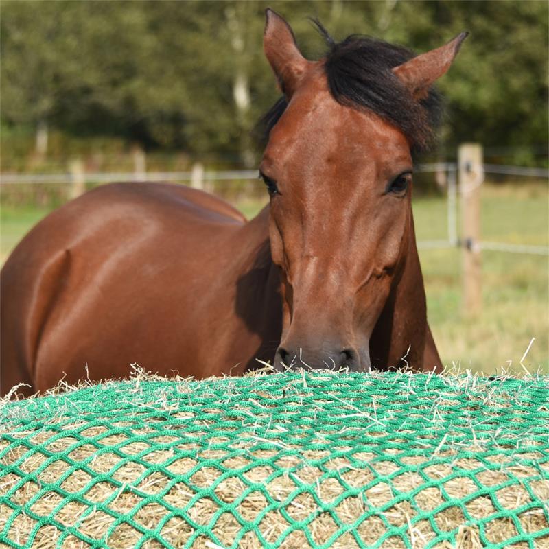 504590-voss-farming-rundes-futtersparnetz-fuer-ponys-pferde-250cm-350cm.jpg