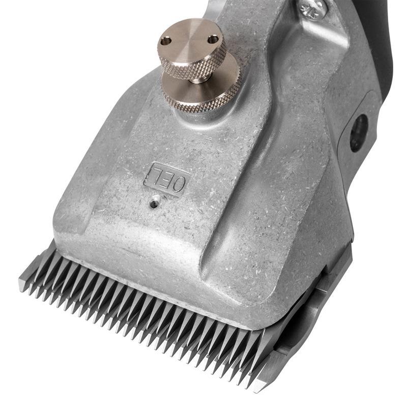 85141-8-aesculap-schermaschine-fuer-pferde-bonum-mit-hochwertigen-schermessern.jpg