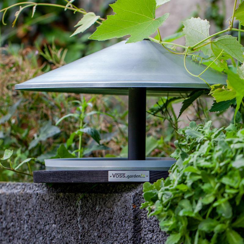 930132-voss.garden-vogelhaus-skagen-mit-verzinktem-kegeldach.jpg