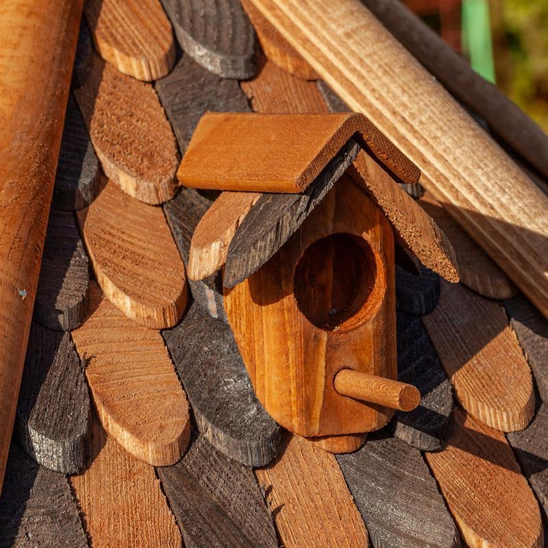 930305-10-voss-garden-vogelfutterstation-Herbstlaub-mit-schicken-details.jpg