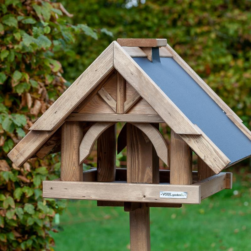 930311-11-voss-garden-vogelhaus-herte-aus-massivem-holz.jpg