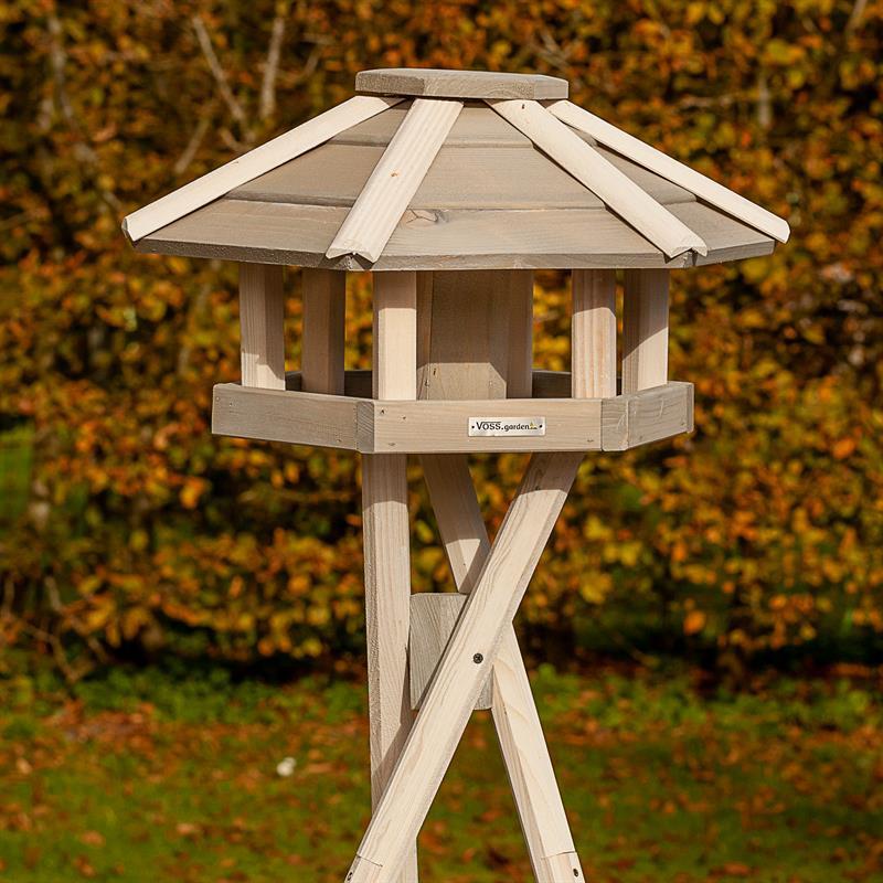 930330-9-voss-garden-futterhaus-fuer-voegel-einfach-aufgestellt.jpg