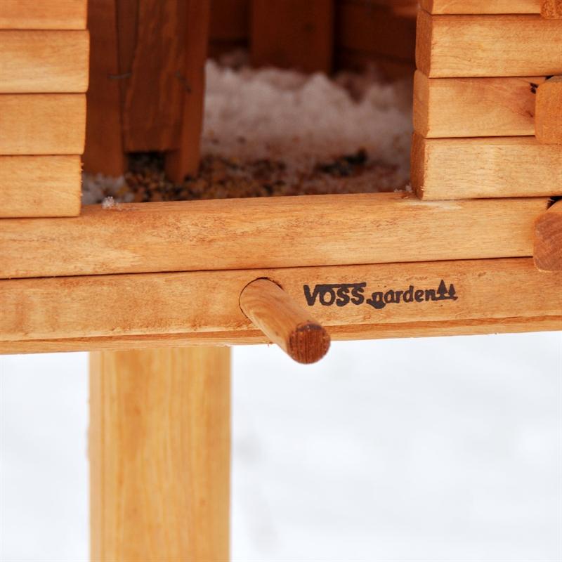 riesengro es vogelhaus herbstlaub aus holz. Black Bedroom Furniture Sets. Home Design Ideas